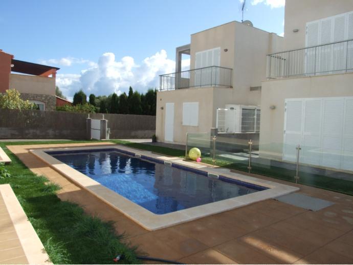 Casa adosada en felanitx en porto colom 135884976 fotocasa for Pisos alquiler felanitx
