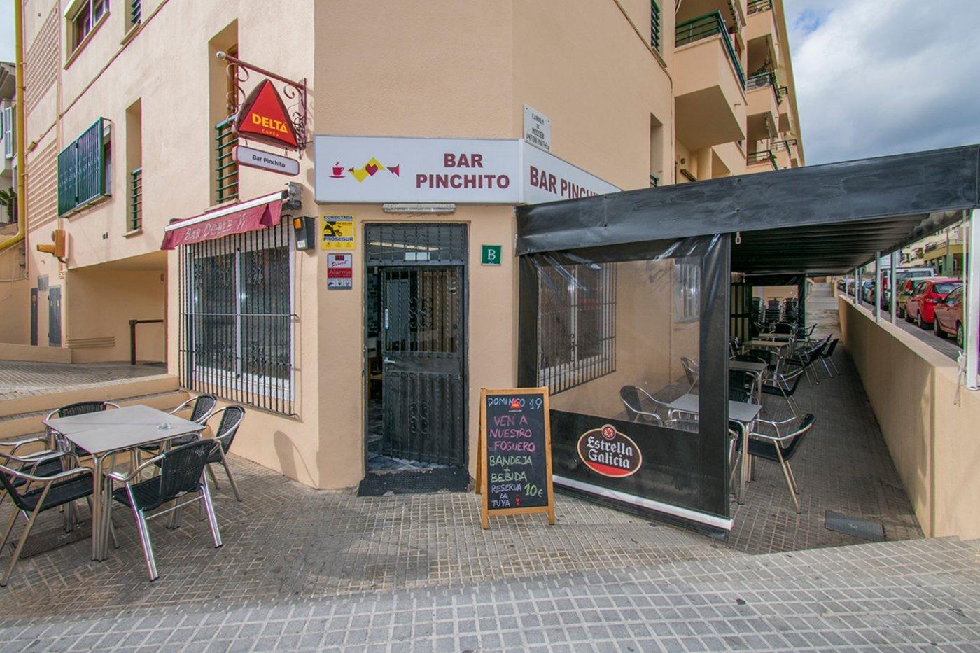 Traspaso Local Comercial  Palma de mallorca ,son serra - la vileta. Bar-cafetería totalmente reformado y equipado con terraza.