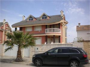 Venta Vivienda Casa-Chalet chalet con piscina junto a la playa urb. les palmeretes