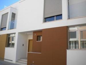 Casa adosada en Alquiler en Adosado de Diseño Nuevo Zona el Osito / Urbanización Monte Colorado
