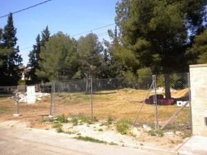 Terreno Urbanizable en Venta en Parcela Muy Buena Ubicación Urb. Entrenaranjos / Riba-roja de Túria