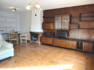 Casa adosada en Venta en Robledal / Villalbilla