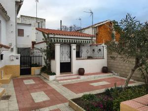 Chalet en Venta en Plazuela / Villalbilla