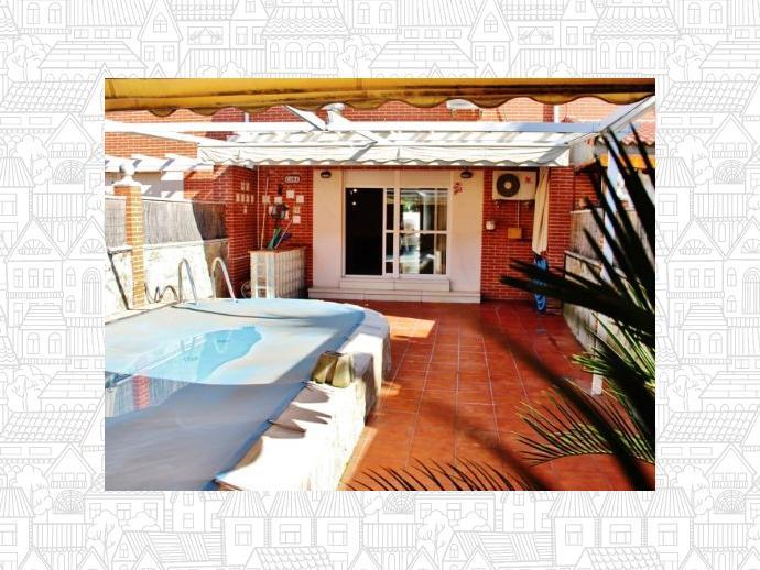 House in san fernando de henares in montserrat parque - Piscina san fernando de henares ...