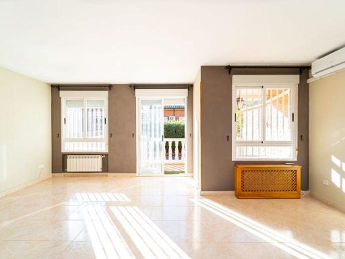 Foto 3 de Casa o chalet en venta en Calle Julio Verne El Soto - Coveta, Madrid