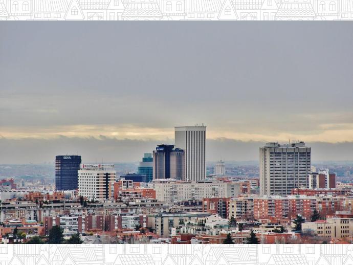 Foto 1 de Ático en Ciudad Lineal - Costillares / Costillares,  Madrid Capital