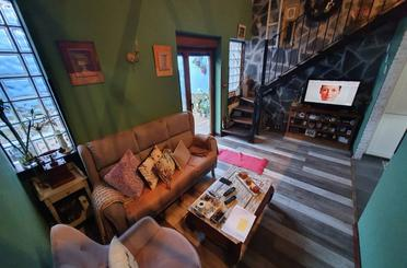 Casa adosada en venta en La Folleca, Avilés
