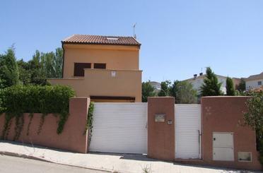 Casa o chalet en venta en Calle Tentetieso, 6, Valdepiélagos