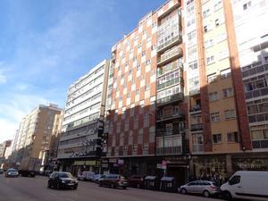 Piso en Venta en Vitoria / Burgos Capital