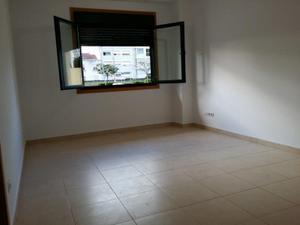 Apartamento en Alquiler en Plaza Estacion / Redondela