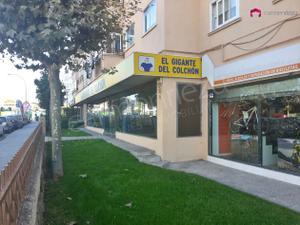 Local comercial en Alquiler en Juan Carlos I / Villalba Estación