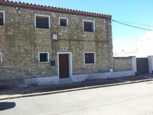 Chalet en Venta en Cartuja Monegros / Sariñena