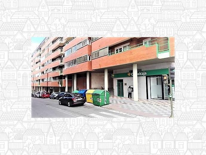 Foto 2 de Local comercial en Calle Ortega Y Gasset / San Fernando - Carretera de Valencia, Cuenca Capital