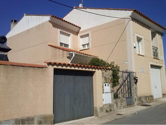 Foto 9 de Casa adosada en  Colegio Estudio / Arcas del Villar