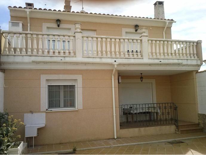 Foto 1 de Casa adosada en  Colegio Estudio / Arcas del Villar