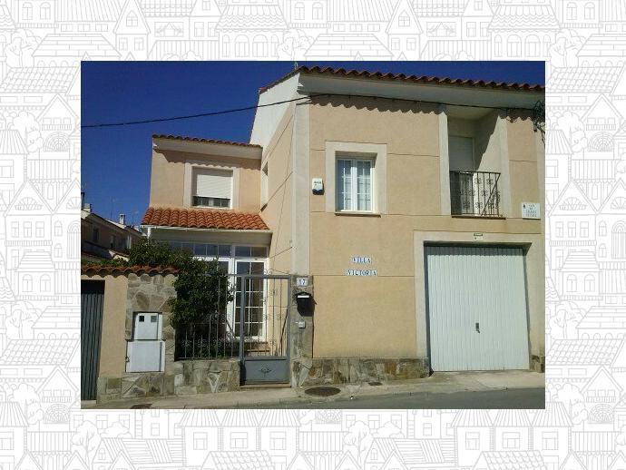 Foto 12 de Casa adosada en  Colegio Estudio / Arcas del Villar