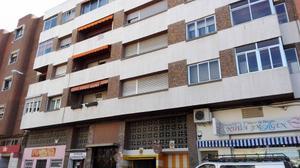 Piso en Alquiler en Las Torres / Centro