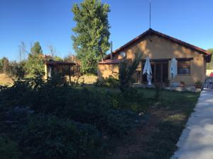 Chalet en Venta en La Virgen del Camino / Valverde de la Virgen