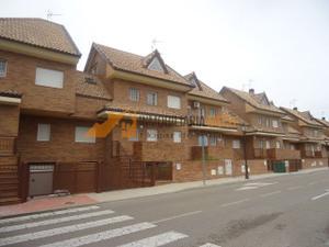 Casa adosada en Venta en ¡¡¡gran Oportunidad!!! / Illescas