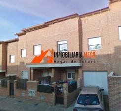 Casa adosada en Venta en ¡¡financiación 100% + Gtos!! / Chozas de Canales