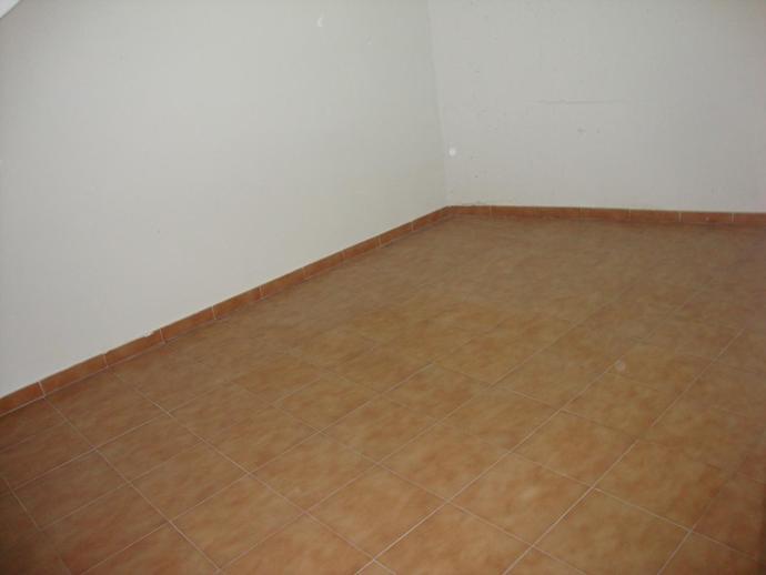 Foto 2 de Garaje en venta en La Fuente Cabrerizos, Salamanca