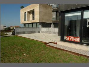 Piso en Venta en Peregrino Zuller / Valdenoja - Pereda