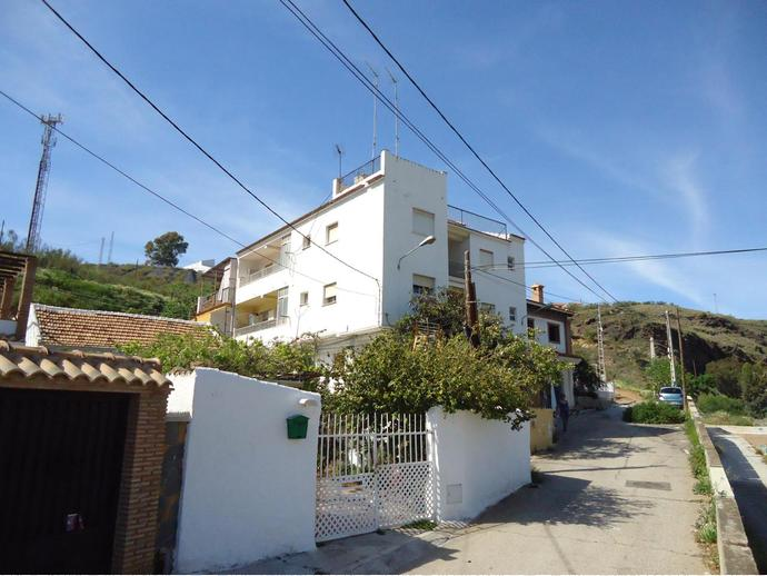 Foto 1 de Piso en  Calle Escritora Gálvez Cabrera / El Candado - El Palo, Málaga Capital