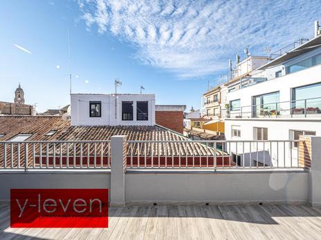 Áticos en venta con ascensor en Málaga Capital