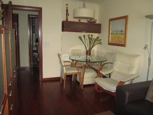 Apartamento en Venta en Avenida Hispanidad / Casco Urbano