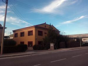 Chalet en Venta en Zaragoza / Urrea de Jalón