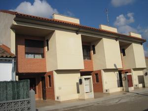 Casa adosada en Venta en San Jorge / Villafranca de Ebro
