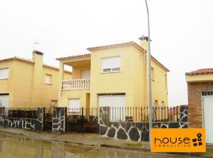 Casa adosada en Venta en Constitución / Otero