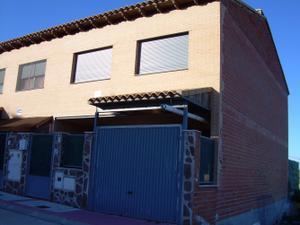 Chalet en Alquiler en Bargas, Zona de - Lominchar / Lominchar