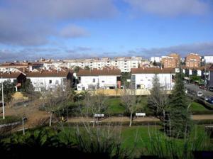 Piso en Alquiler en Mérida ,bodegones / Sur