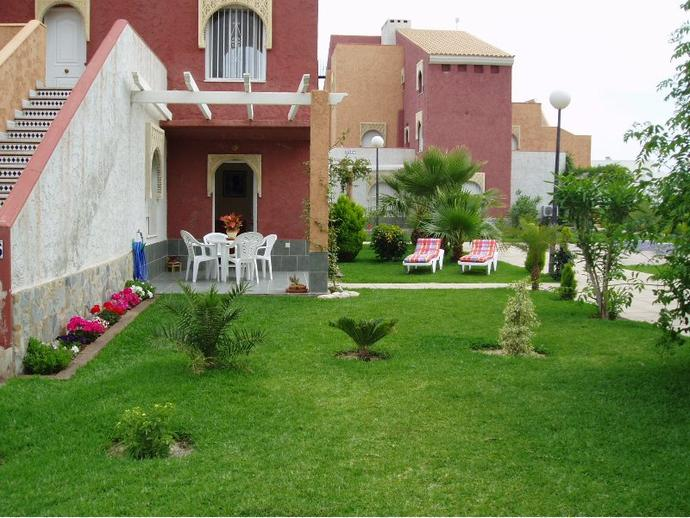 Apartamento en vera en vera playa naturista en urb la for Urbanizacion jardin de la reina granada