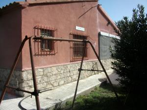Chalet en Venta en Fuentes de Ebro, Zona de - Villafranca de Ebro / Villafranca de Ebro
