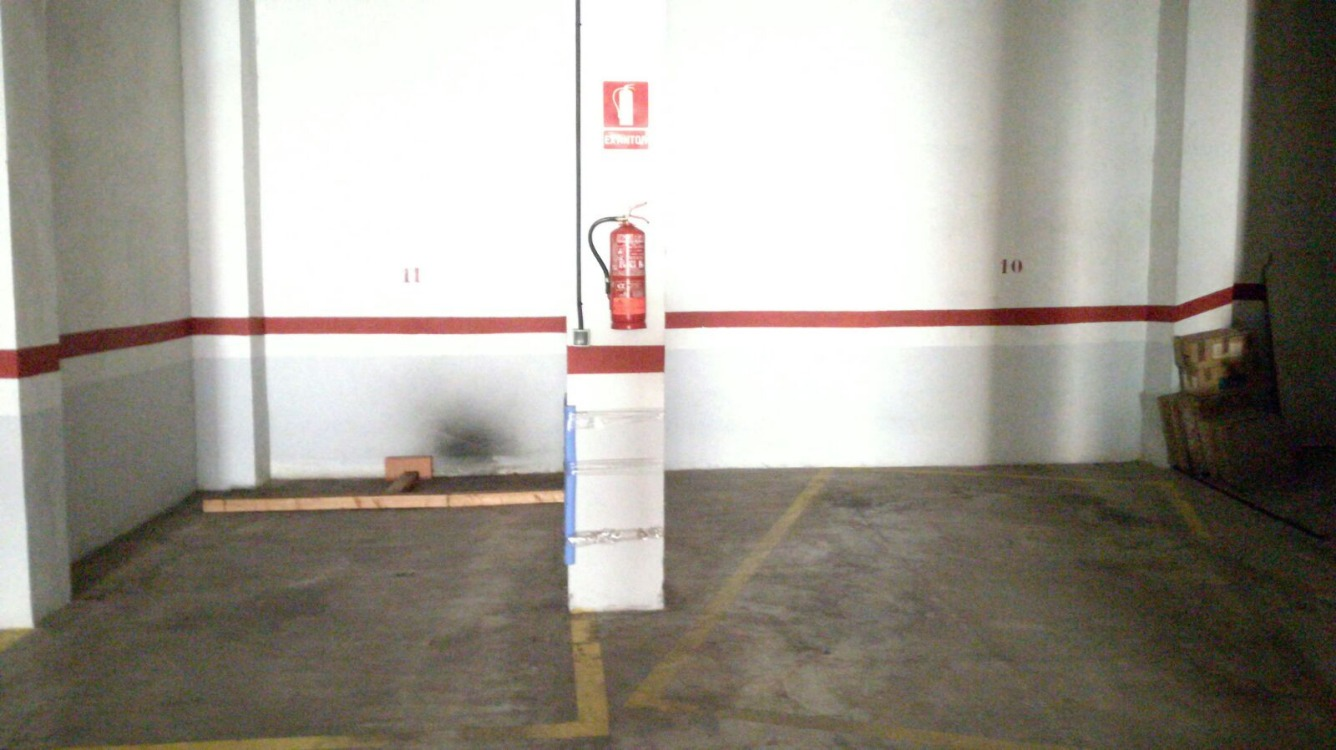 Lloguer Aparcament cotxe  Pizarro, zona de - quart de poblet. Plazas de garaje de coche en alquiler situadas en la zona de la