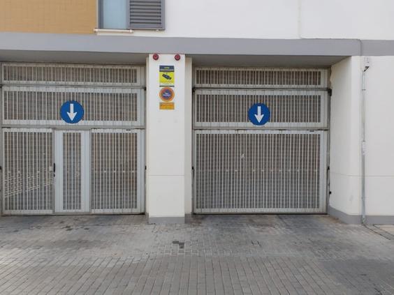 Rent Car parking  Quart de poblet, zona de - quart de poblet. Plaza de garaje en alquiler situada en la gran manzana de quart