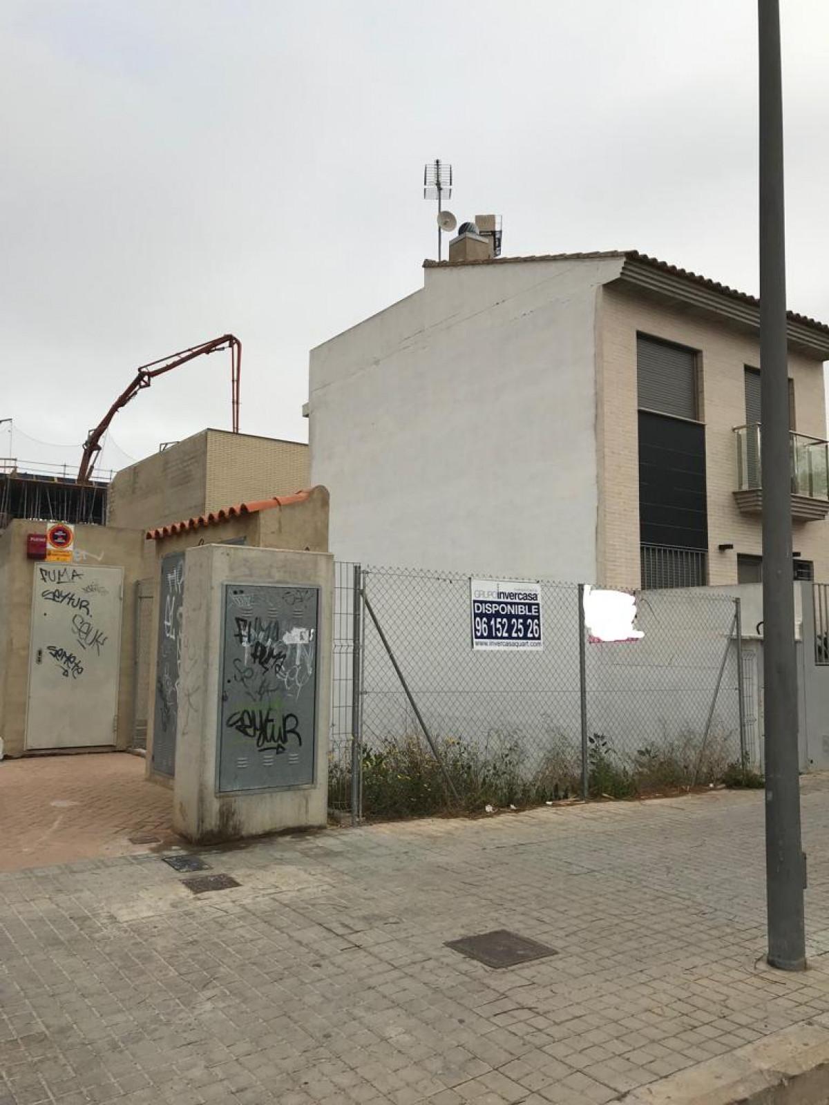 Terrain urbain  Quart de poblet ,parada de metro faitanar. Parcela urbana para construcción de adosado.