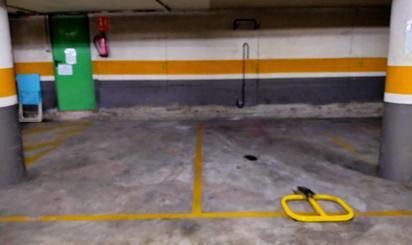 Garaje en venta en Begues