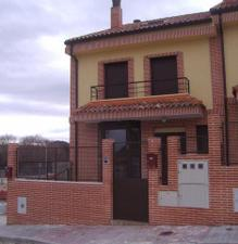 Alquiler Vivienda Casa adosada zona de - valdeolmos-alalpardo