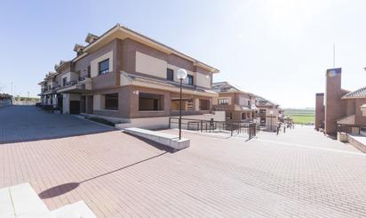 Dúplex en venta en Calle Cerro, Serranillos del Valle