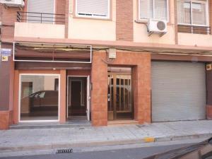 Alquiler Local comercial  augusto borderas, 9