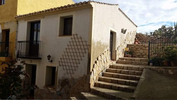 Casa adosada en venta en Finestrat - Finestrat Pueblo