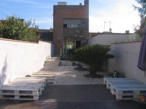 Casa adosada en Venta en Montserrat / Caldes de Montbui