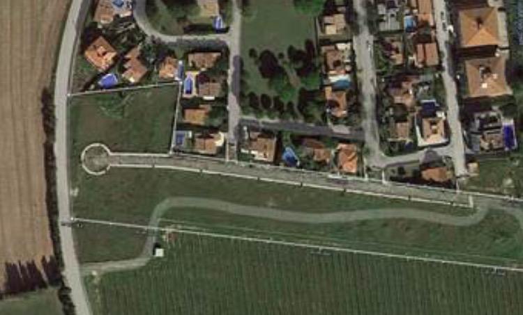 Area edificabile urbana  Urbanización avinguda de l'empordà. Parcela para la construcción de una casa tipo xalet unifamiliar