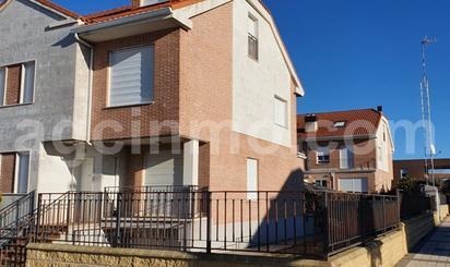 Casa o chalet en venta en Juan de Uson de Tejada, 23, Villanubla