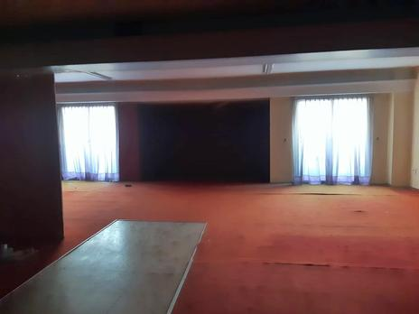 Building for sale at España