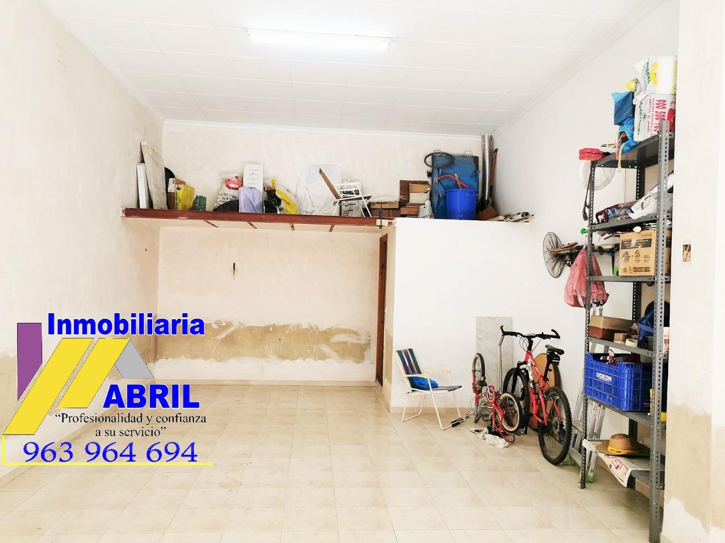 Affitto Locale commerciale  Alfafar - paso nivel. Local diáfano de 48m². aseo y altillo. buena zona.