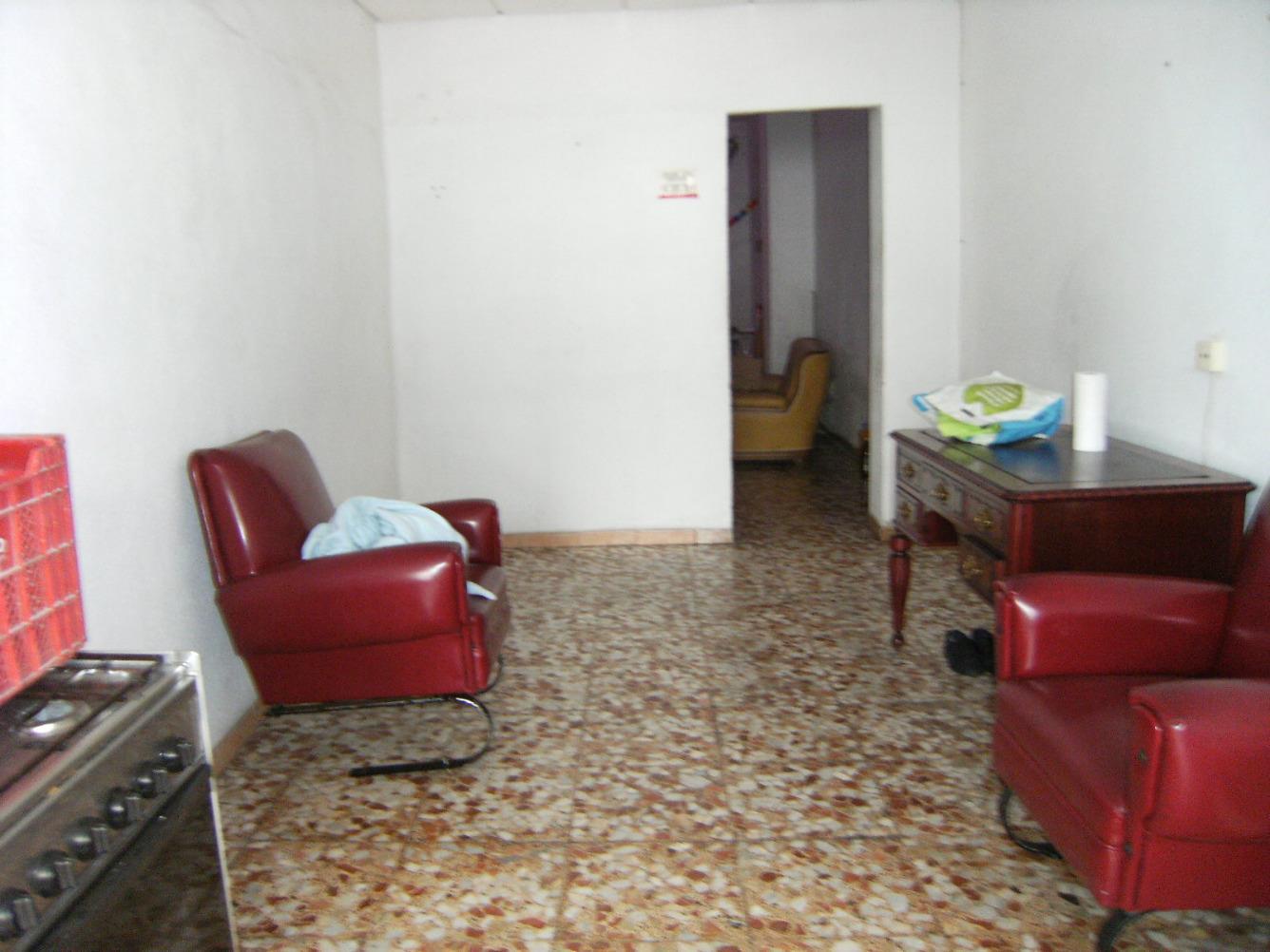 Local Comercial  Sedavi, zona avenida madrid. Local comercial de 6m de fachada, despacho, aseo y sala diáfana,